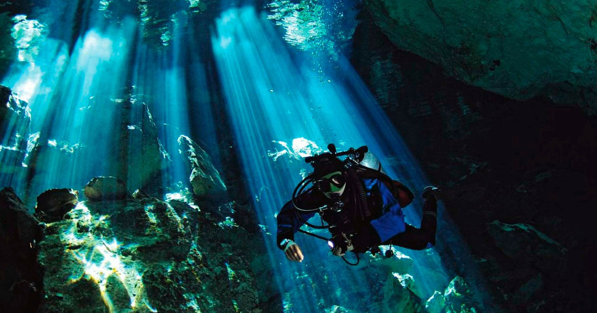 Riviera Maya: Cenotes and coral reefs